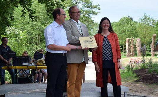 """Auszeichnung der """"Aktion Grün""""-Kommune Herxheim"""