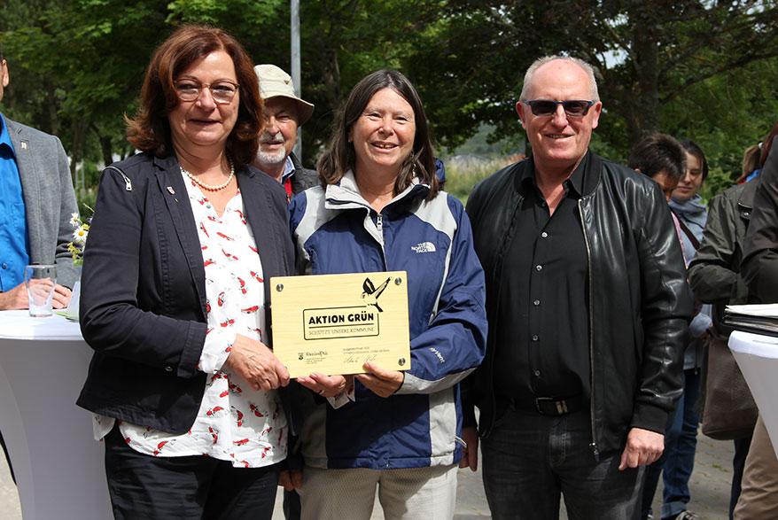 """Auszeichnung der """"Aktion Grün""""-Kommune Weiler, Foto: MUEEF"""